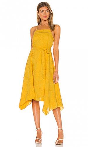 Платье maxine Tularosa. Цвет: желтый