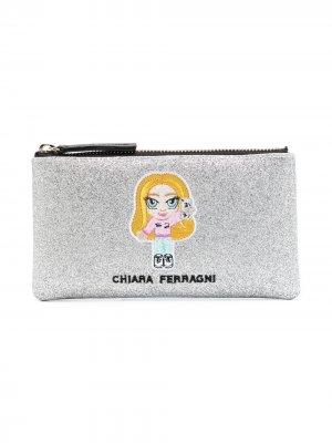 Пенал с блестками и вышитым логотипом Chiara Ferragni. Цвет: серебристый