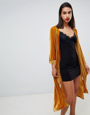 Бархатная куртка-кимоно Sofie Schnoor. Цвет: желтый