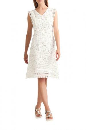 Кружевное платье Apart. Цвет: белый