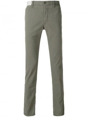Классические брюки-чинос Incotex. Цвет: зеленый