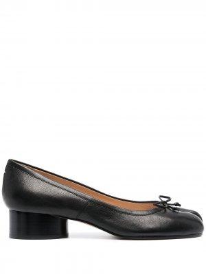 Туфли-лодочки Tabi на каблуке Maison Margiela. Цвет: черный