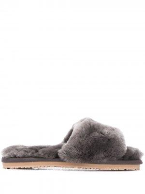 Шлепанцы с закругленным носком Mou. Цвет: серый
