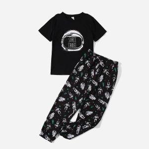 Пижама с принтом шлема и космоса для мальчиков SHEIN. Цвет: чёрный