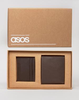 Подарочный набор с кожаным кошельком и визитницей ASOS. Цвет: коричневый