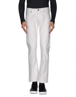 Джинсовые брюки KURO. Цвет: белый