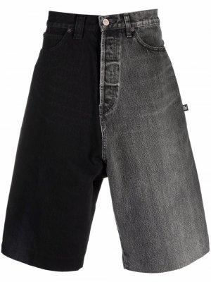 Двухцветные джинсовые шорты Balenciaga. Цвет: серый