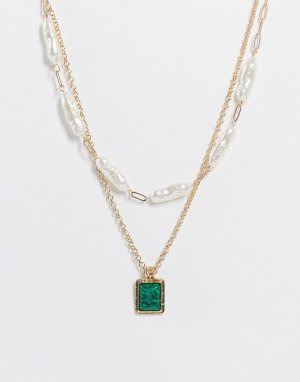 Золотистое многоярусное ожерелье-чокер с зеленым камнем и искусственным жемчугом -Зеленый цвет Topshop