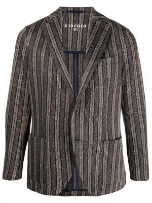 Однобортный пиджак в полоску Circolo 1901. Цвет: коричневый