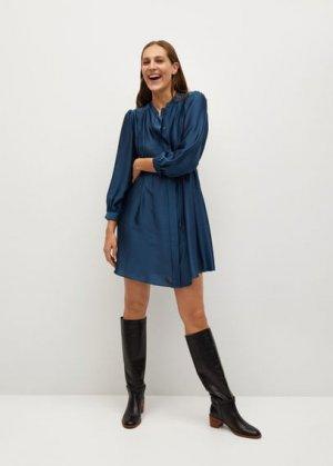 Плиссированное платье с атласным блеском - Albani Mango. Цвет: синий