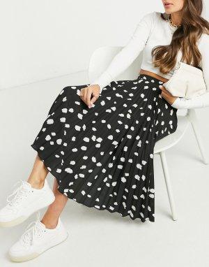 Черная плиссированная юбка миди с пятнистым принтом -Белый Closet London