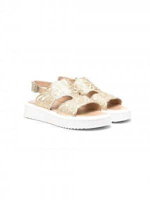 Массивные сандалии с эффектом металлик ELIE SAAB JUNIOR. Цвет: золотистый