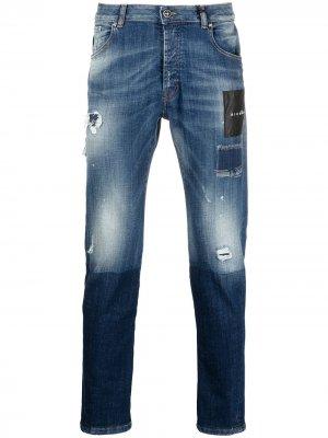 Узкие джинсы с эффектом потертости John Richmond. Цвет: синий