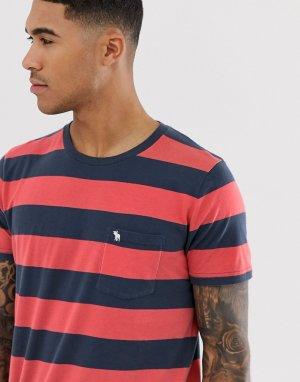 Футболка в полоску стиле колор блок красного/темно-синего цвета, с карманом и логотипом Abercrombie & Fitch. Цвет: красный