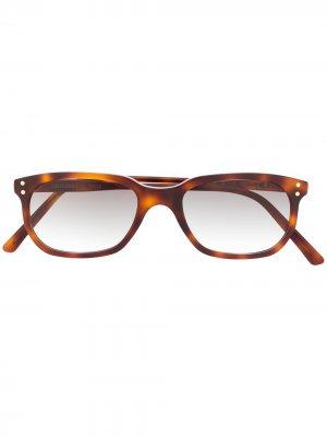 Солнцезащитные очки Erice в оправе черепаховой расцветки Epos. Цвет: коричневый