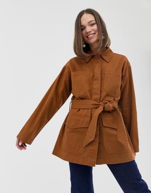 Темно-оранжевая джинсовая куртка с поясом и большими карманами -Красный Monki