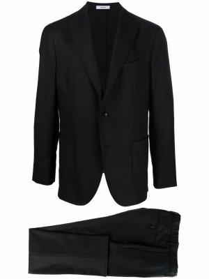 Строгий костюм с однобортным пиджаком Boglioli. Цвет: черный