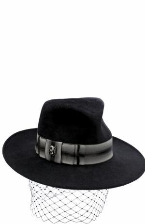 Вечерняя фетровая шляпа с декором Philip Treacy. Цвет: черный