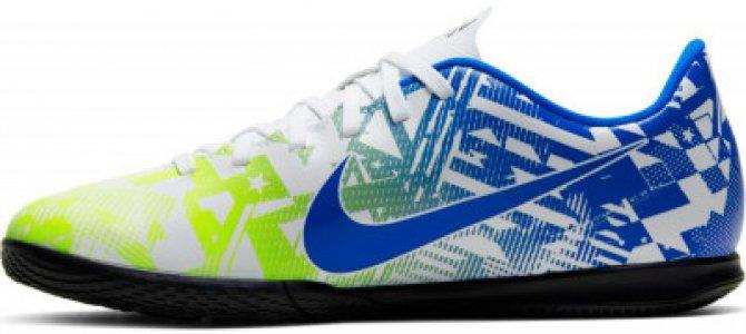 Бутсы для мальчиков Jr Vapor 13 Club Njr IC, размер 37.5 Nike. Цвет: разноцветный
