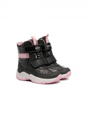 Ботинки на липучках Geox Kids. Цвет: черный