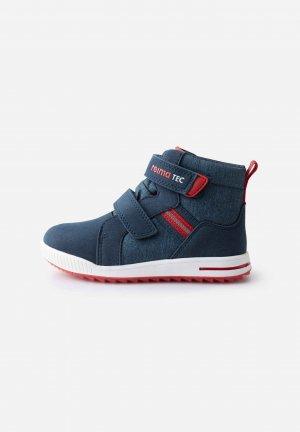 Ботинки tec Launa Синие Reima. Цвет: синий