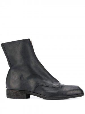 Ботинки на молнии спереди Guidi. Цвет: черный