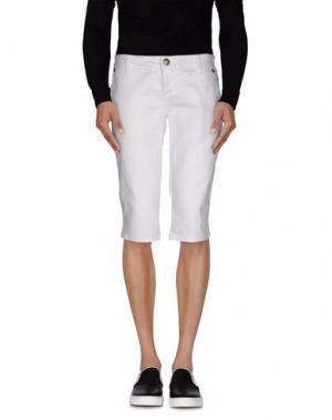 Джинсовые брюки-капри BRIAN DALES. Цвет: белый