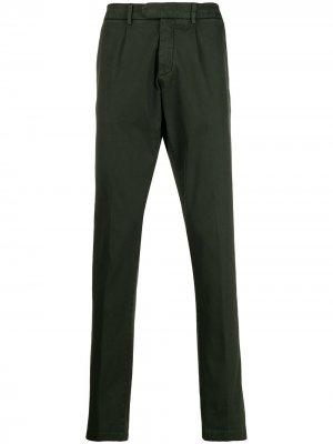 Классические брюки чинос кроя слим Eleventy. Цвет: зеленый