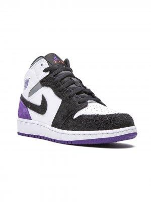 Кроссовки Air Jordan 1 Mid SE GS Kids. Цвет: белый