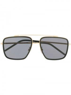 Солнцезащитные очки в массивной оправе Dolce & Gabbana Eyewear. Цвет: золотистый