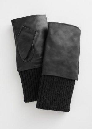 Кожаные митенки &Other Stories. Цвет: черный