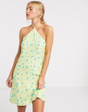 Платье мини с лямкой через шею и цветочным принтом -Зеленый Glamorous