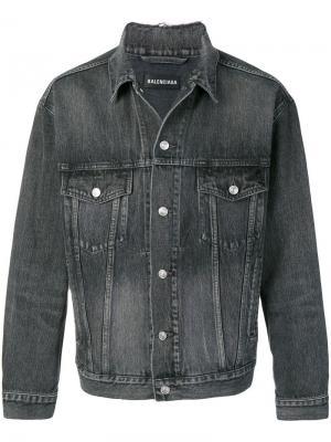 Джинсовая куртка с логотипом Balenciaga. Цвет: серый