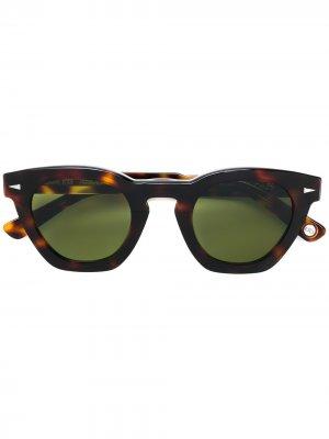 Солнцезащитные очки в квадратной оправе Ahlem. Цвет: коричневый