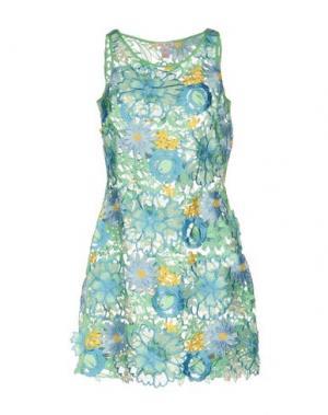 Короткое платье AGOGOA. Цвет: светло-зеленый