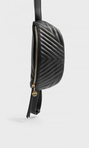 Стеганая Поясная Сумка Женская Коллекция Черный 103 Stradivarius. Цвет: черный