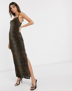 Бархатное платье-комбинация макси со свободным воротом и леопардовым принтом -Коричневый River Island