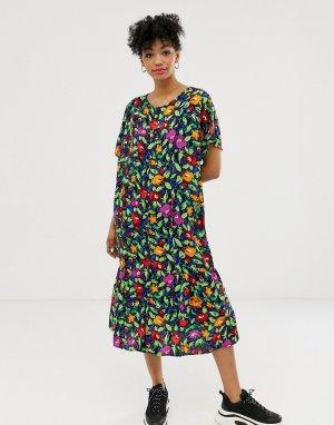 Черное платье миди с пуговицами и цветочным принтом -Черный Monki