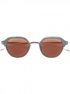 Солнцезащитные очки в округлой оправе Thom Browne Eyewear. Цвет: черный