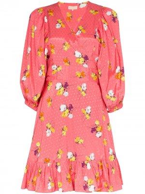 Платье с запахом и цветочным принтом byTiMo. Цвет: розовый
