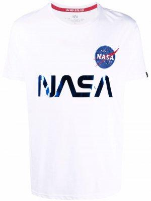 Футболка со светоотражающим принтом NASA Alpha Industries. Цвет: белый