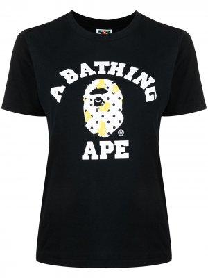 Футболка Bape Dot College A BATHING APE®. Цвет: черный