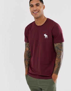 Бордовая футболка с крупным логотипом Abercrombie & Fitch