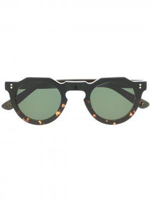 Солнцезащитные очки Pica Lesca. Цвет: коричневый