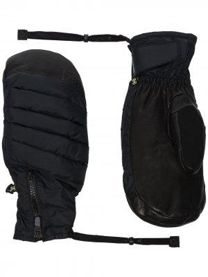 Варежки для горнолыжного спорта Burton AK. Цвет: синий