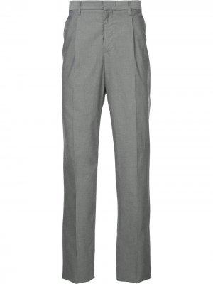 Классические приталенные брюки Gieves & Hawkes. Цвет: серый