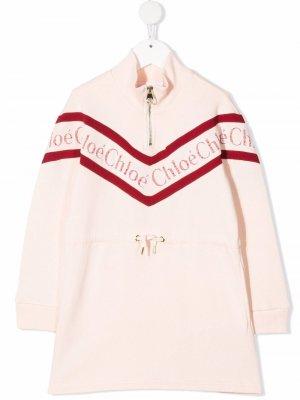 Платье с логотипом Chloé Kids. Цвет: розовый