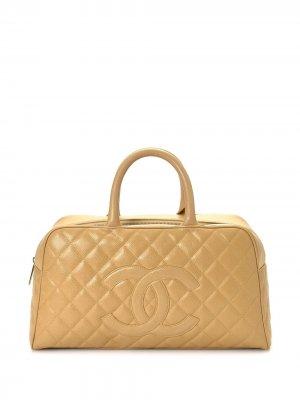 Стеганая сумка-тоут с логотипом CC Chanel Pre-Owned. Цвет: нейтральные цвета