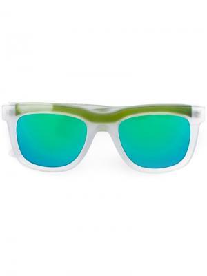 Солнцезащитные очки в квадратной оправе Italia Independent. Цвет: зелёный