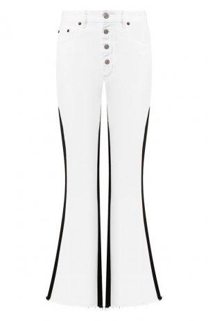 Расклешенные джинсы Mm6. Цвет: чёрно-белый